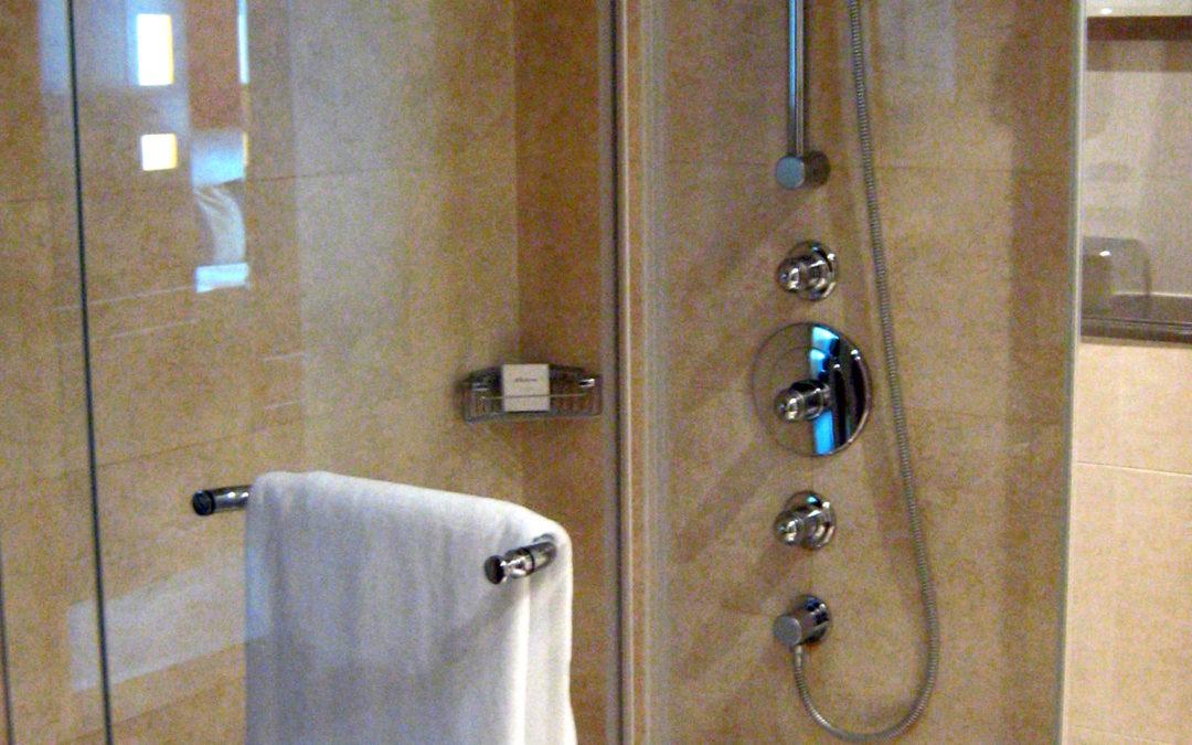 Dopasowana kabina prysznicowa